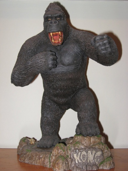 king_kong_flash_by_legrandzilla-d3gbl28.jpg
